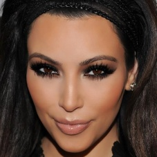 Adoro as maquiagens dela!