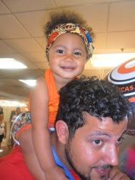 Meu amigo Tom Dias com sua baby LINDA Melissa ♥